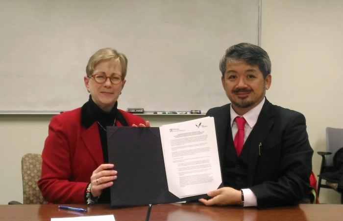 Penn PLE Vice Dean and Meiji International Student Center Director
